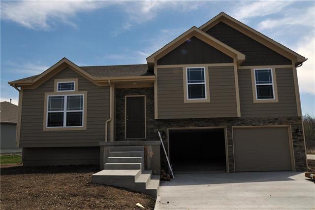 11502 E 207th Street, Peculiar, MO 64078 (#2102717) :: Char MacCallum Real Estate Group