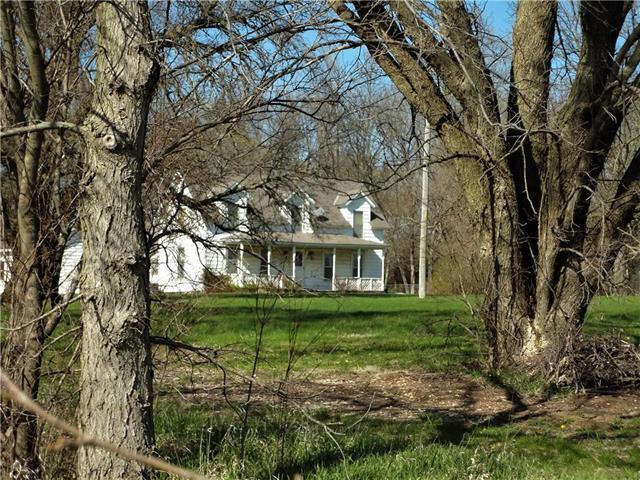 18200 W 191 Street, Spring Hill, KS 66083 (#2102746) :: The Shannon Lyon Group - ReeceNichols