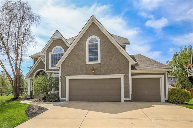 14112 Richards Street, Overland Park, KS 66221 (#2102979) :: Kedish Realty Group at Keller Williams Realty