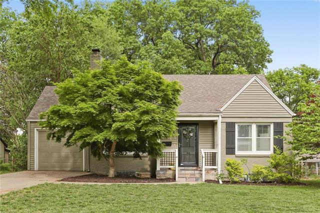 5219 Linden Street, Roeland Park, KS 66205 (#2103401) :: Team Real Estate