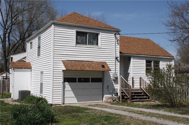 3817 Blue Ridge Boulevard, Independence, MO 64052 (#2103539) :: Edie Waters Network