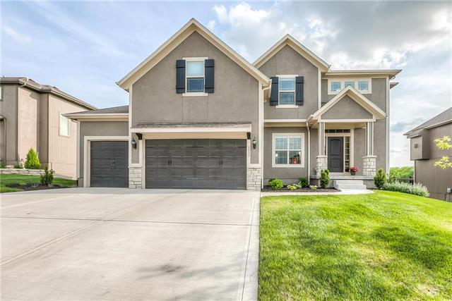 1215 Becket Court, Raymore, MO 64083 (#2103919) :: Char MacCallum Real Estate Group