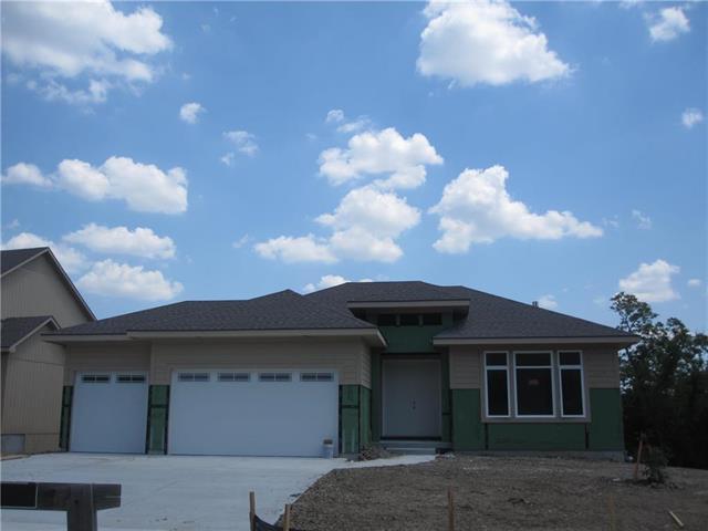 25891 W 96th Terrace, Lenexa, KS 66227 (#2104123) :: Edie Waters Network