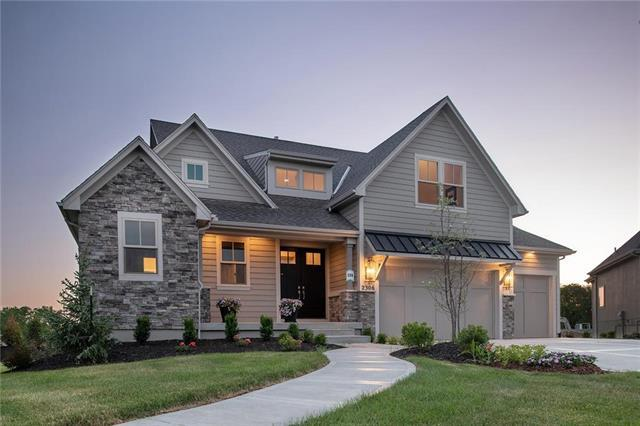 2306 W 179th Terrace, Overland Park, KS 66085 (#2104341) :: Char MacCallum Real Estate Group
