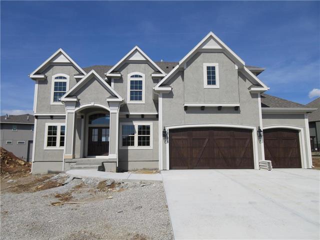 12173 S Belmont Drive, Olathe, KS 66061 (#2104471) :: House of Couse Group