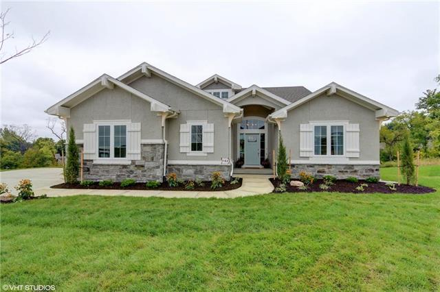 1101 Lakecrest Circle, Raymore, MO 64083 (#2105443) :: Edie Waters Network