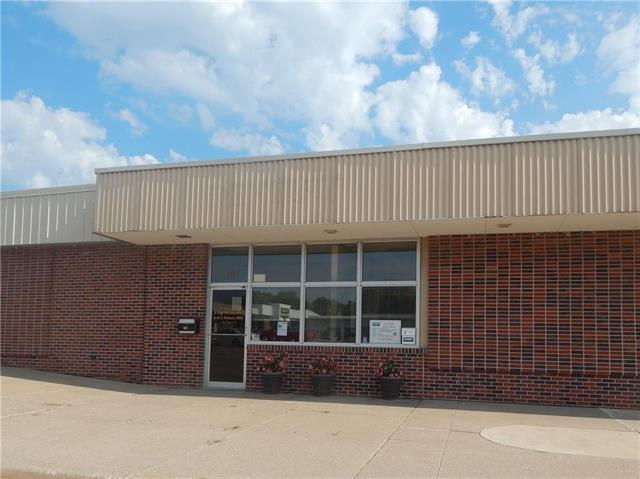 614 Holiday Plaza, Lansing, KS 66043 (#2105988) :: The Shannon Lyon Group - ReeceNichols