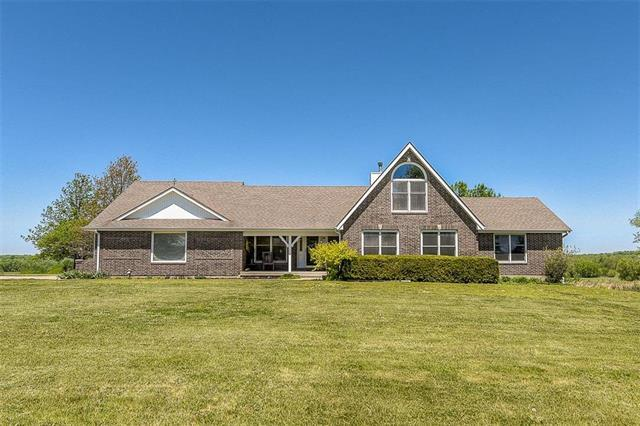 11288 W 359th Street, Paola, KS 66071 (#2106371) :: Char MacCallum Real Estate Group