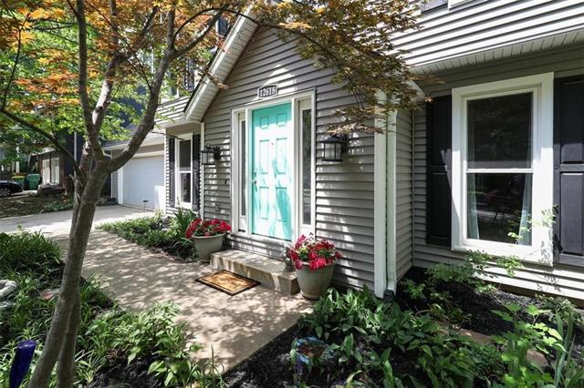 12618 W 69th Street, Shawnee, KS 66216 (#2107068) :: The Shannon Lyon Group - ReeceNichols