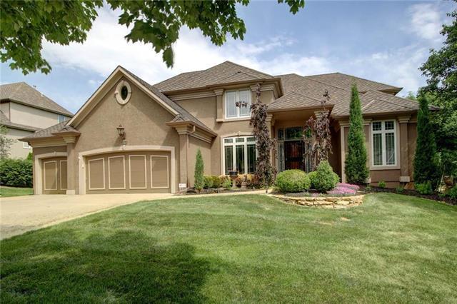 20108 W 93rd Street, Lenexa, KS 66220 (#2107763) :: Team Real Estate