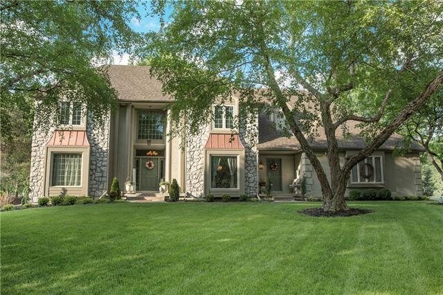 12901 Mohawk Circle, Leawood, KS 66209 (#2107876) :: Team Real Estate