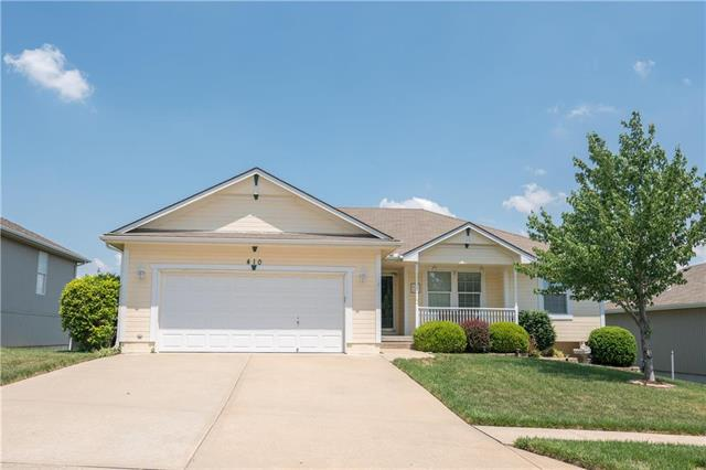 410 NW Whitney Drive, Grain Valley, MO 64029 (#2108177) :: The Shannon Lyon Group - ReeceNichols