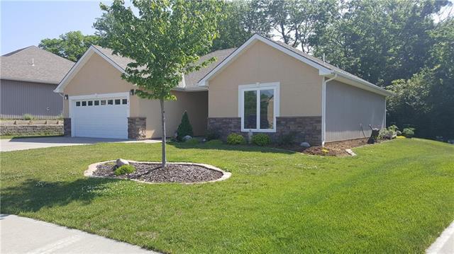 611 Oakmont Drive, Warrensburg, MO 64093 (#2108379) :: The Shannon Lyon Group - ReeceNichols
