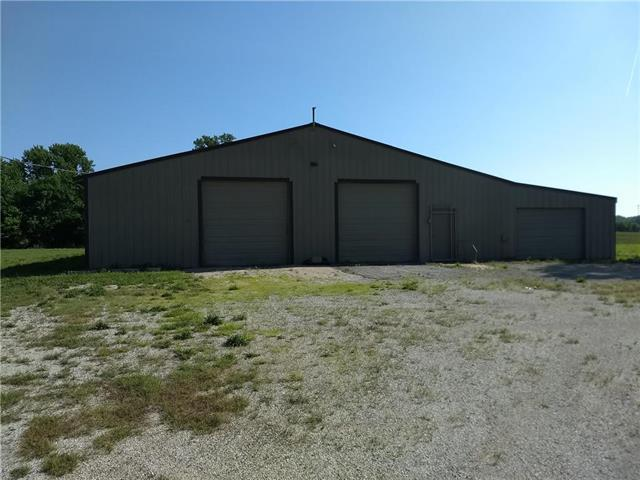 26540 W 303rd Street, Paola, KS 66071 (#2108533) :: The Gunselman Team