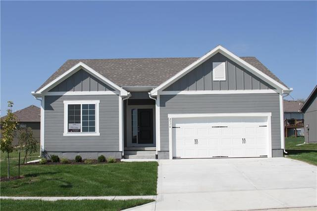 2316 S Eagle Court, Independence, MO 64057 (#2108562) :: The Gunselman Team