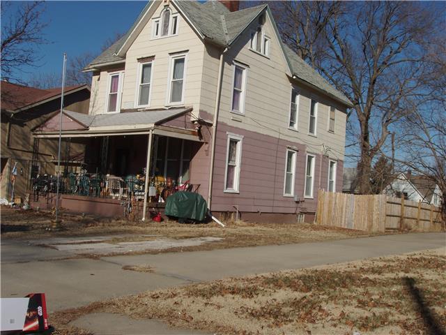 626 Oakland Avenue, Kansas City, KS 66101 (#2109274) :: Edie Waters Network