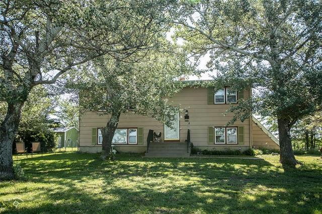 2315 Oregon Terrace, Rantoul, KS 66079 (#2110425) :: Char MacCallum Real Estate Group