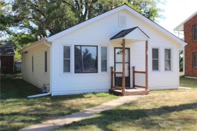 4527 Gibbs Avenue, Kansas City, KS 66106 (#2110656) :: Edie Waters Network