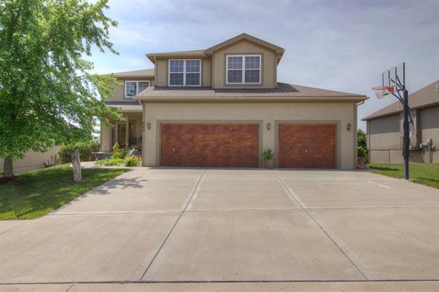 702 Crestridge Drive, Kearney, MO 64060 (#2110700) :: Edie Waters Network