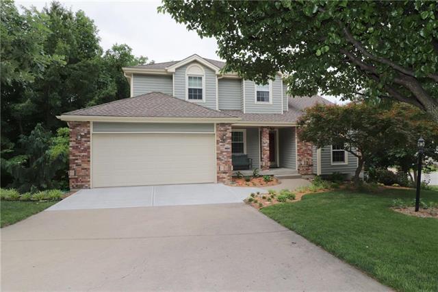 5404 N Walnut Street, Kansas City, MO 64118 (#2110889) :: Dani Beyer Real Estate