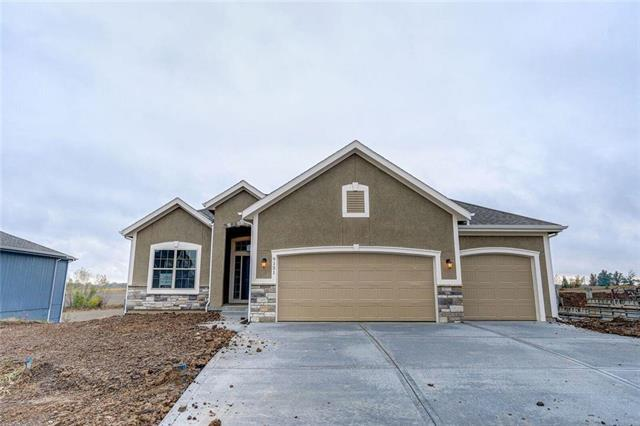 9151 SW 2nd Street, Blue Springs, MO 64064 (#2112018) :: No Borders Real Estate