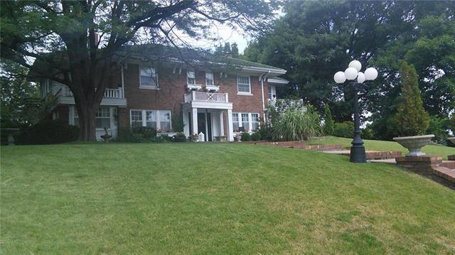 1600 N 21st Street, Kansas City, KS 66102 (#2112456) :: Edie Waters Network