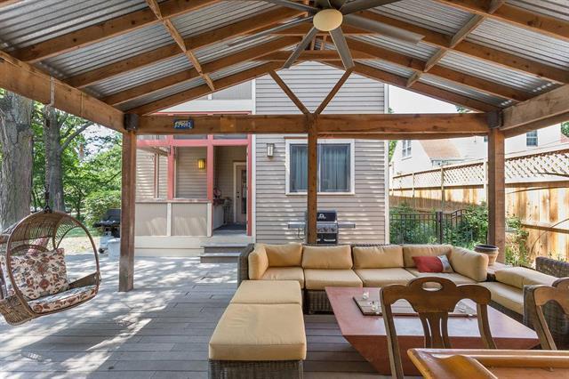 1714 Illinois Street, Lawrence, KS 66044 (#2112987) :: Char MacCallum Real Estate Group