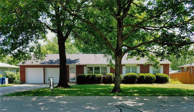 457 S Forrest Avenue, Liberty, MO 64068 (#2113054) :: No Borders Real Estate
