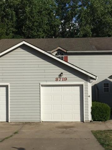 8719 NW 82nd Street, Kansas City, MO 64152 (#2113490) :: Edie Waters Network
