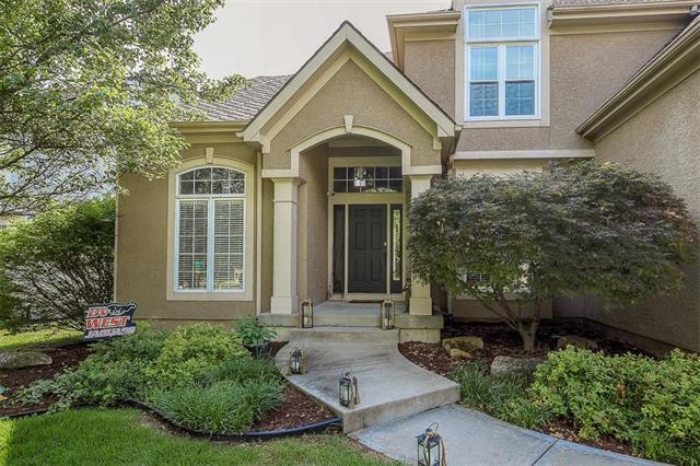 14512 Horton Street, Overland Park, KS 66223 (#2115589) :: House of Couse Group