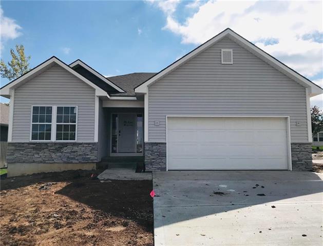 2123 Creek View Lane, Raymore, MO 64083 (#2116530) :: Edie Waters Network