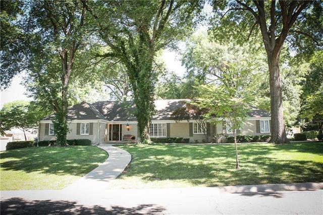 2816 W 67th Street, Mission Hills, KS 66208 (#2116716) :: NestWork Homes