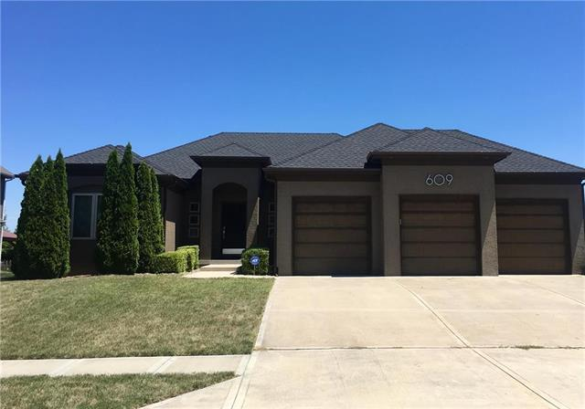 609 Horseshoe Lane, Smithville, MO 64089 (#2117501) :: Kansas City Homes