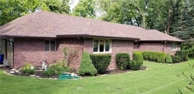 12112 W 63rd Terrace, Shawnee, KS 66216 (#2117823) :: Edie Waters Network