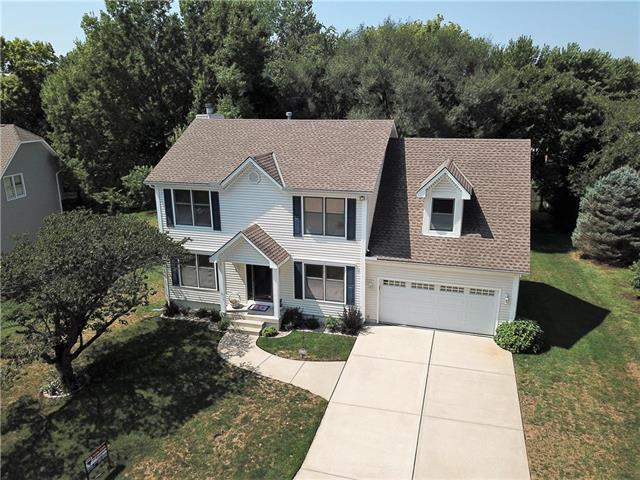 5104 S Tierney Court, Independence, MO 64055 (#2118059) :: Edie Waters Network