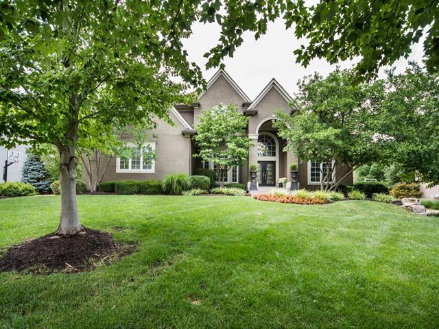 15050 Oxford Street, Leawood, KS 66224 (#2118161) :: No Borders Real Estate