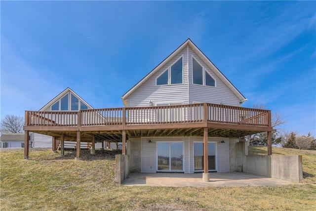 31757 Lookout Road, Paola, KS 66071 (#2118471) :: Char MacCallum Real Estate Group