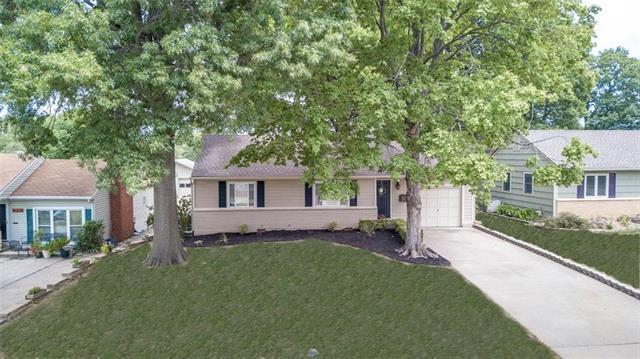 3146 W 44TH Terrace, Kansas City, KS 66103 (#2118577) :: NestWork Homes