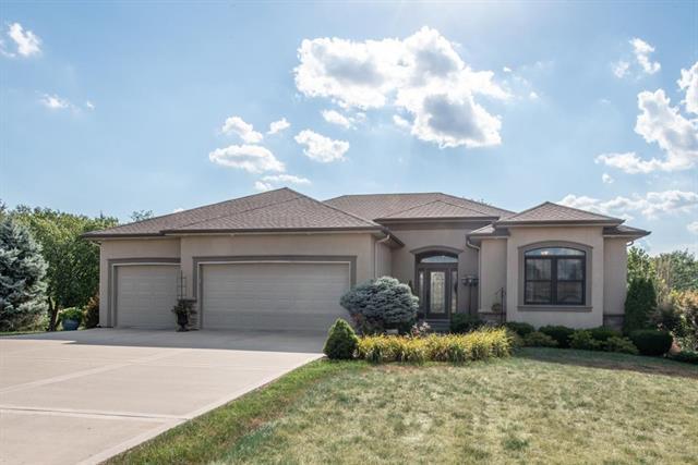 13424 Oakbrook Drive, Kearney, MO 64060 (#2118759) :: Kansas City Homes