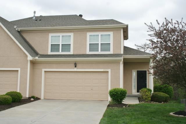 22607 W 71ST Terrace, Shawnee, KS 66227 (#2118833) :: Edie Waters Network