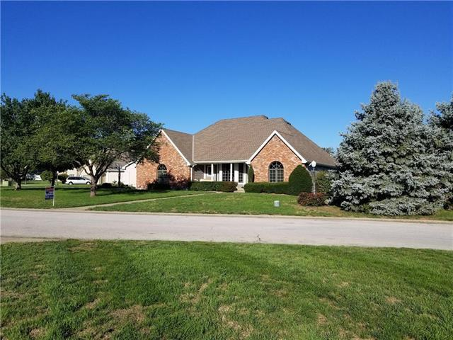 1404 Ann Circle, Excelsior Springs, MO 64024 (#2118951) :: The Shannon Lyon Group - ReeceNichols