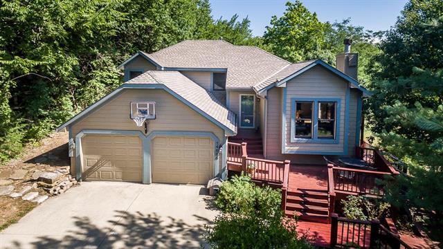14884 Cypress Street, Bonner Springs, KS 66012 (#2118992) :: Team Real Estate