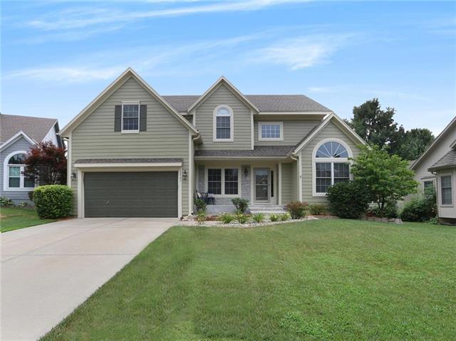 13731 W 158th Street, Olathe, KS 66062 (#2119613) :: Char MacCallum Real Estate Group