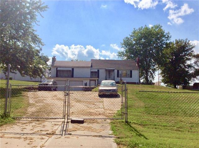 4800 Emery Avenue, Kansas City, MO 64136 (#2120078) :: Edie Waters Network