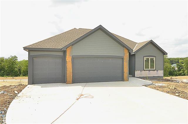 2410 Windmill Drive, Platte City, MO 64079 (#2120191) :: Edie Waters Network
