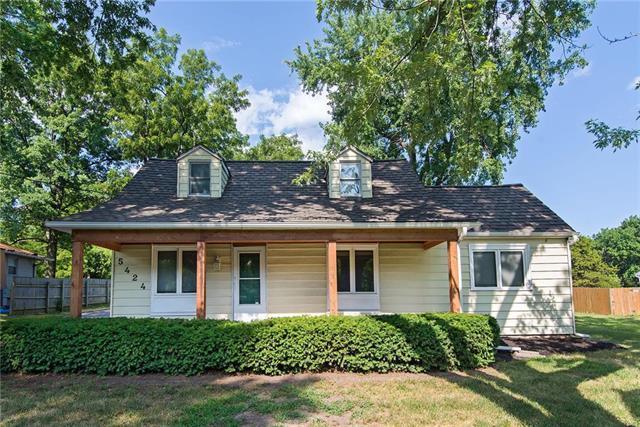 5424 Farley Street, Merriam, KS 66203 (#2122073) :: Team Real Estate