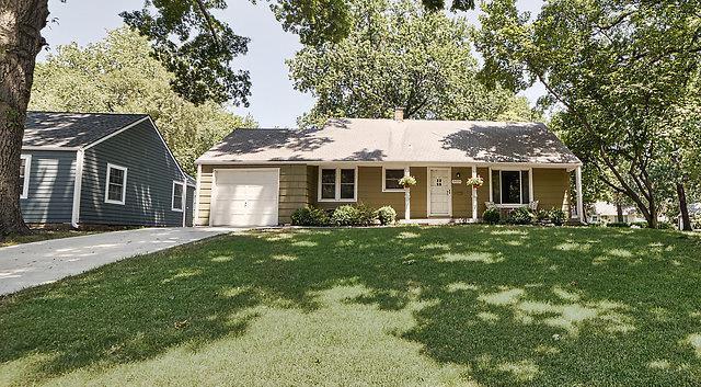 5010 W 71st Terrace, Prairie Village, KS 66208 (#2122363) :: Edie Waters Network