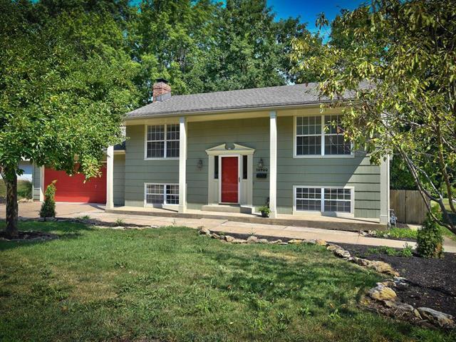 10400 E 72nd Street, Raytown, MO 64133 (#2122555) :: No Borders Real Estate
