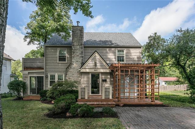 1709 Mississippi Street, Lawrence, KS 66044 (#2122577) :: Char MacCallum Real Estate Group