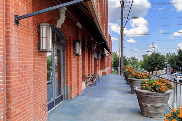 200 Main Street #308, Kansas City, MO 64105 (#2124475) :: The Gunselman Team
